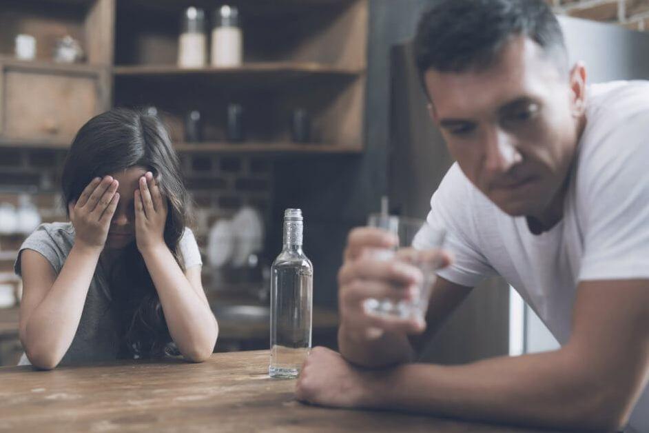 Как морально подавить мужа агрессора