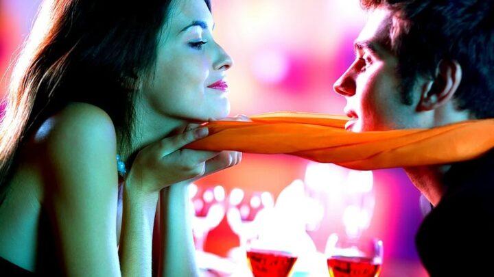 Признаки, по которым можно понять, что девушка тебя хочет